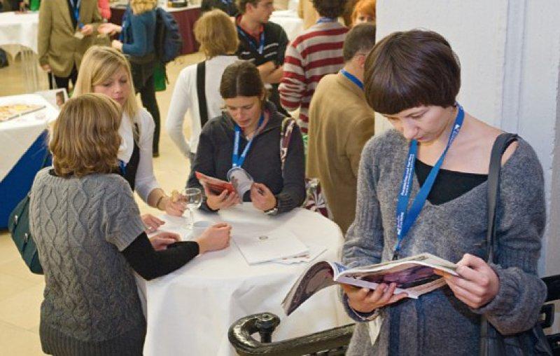Anmeldung erbeten: Etwa 500 Studierende sowie Ärzte nahmen 2009 am Kongress teil. Foto: Svea Pietschmann