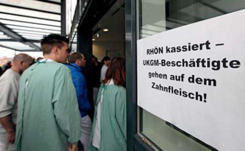 Breite Kritik am Konzern Rhön: Viele Mitarbeiter finden die Privatisierung des Uniklinikums Gießen-Marburg falsch. Foto: dapd