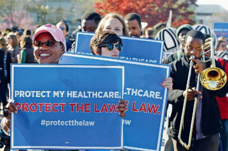Lautstarke Unterstützung: Befürworter der Gesundheitsreform demonstrieren am 26. März vor dem Obersten Gerichtshof in Washington. Foto: dapd