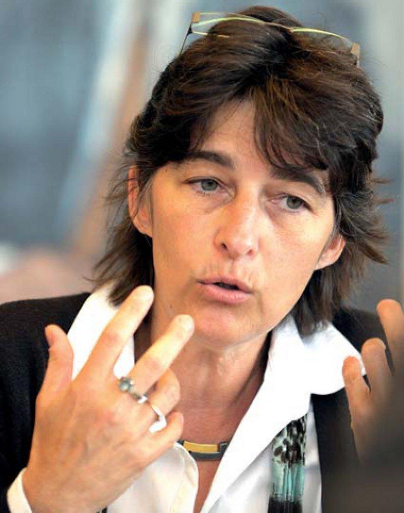 Wahlen nach nur zwei Jahren im Amt: NRW-Gesundheitsministerin Barbara Steffens (Bündnis 90/Die Grünen) hat sich für eine finanzielle Angleichung der Honorare an den Bundesdurchschnitt stark gemacht. Foto: dpa