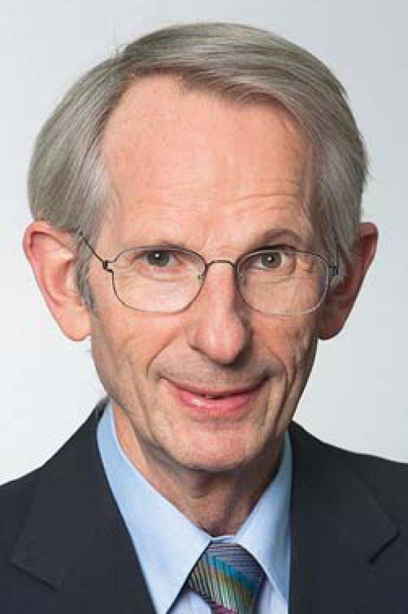 Prof. Dr. med. Dr. h. c. Jörg-Dietrich Hoppe (†) hat die Arbeit der Bundesärztekammer geprägt. Er war eine herausragende Persönlichkeit – ausgleichend und zugleich unbequem. Foto: Erdmenger/ÄkNo