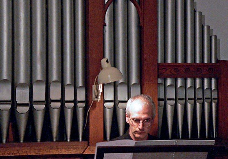 Eröffnungskonzert am 3. Mai 2006 mit dem Domorganisten Prof. Winfried Bönig. Foto: Bönig © Horst Schmeck