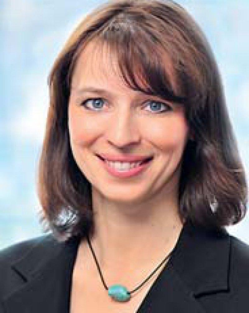 Dr. med. Eva Richter-Kuhlmann, Redakteurin für Gesundheits- und Sozialpolitik in Berlin