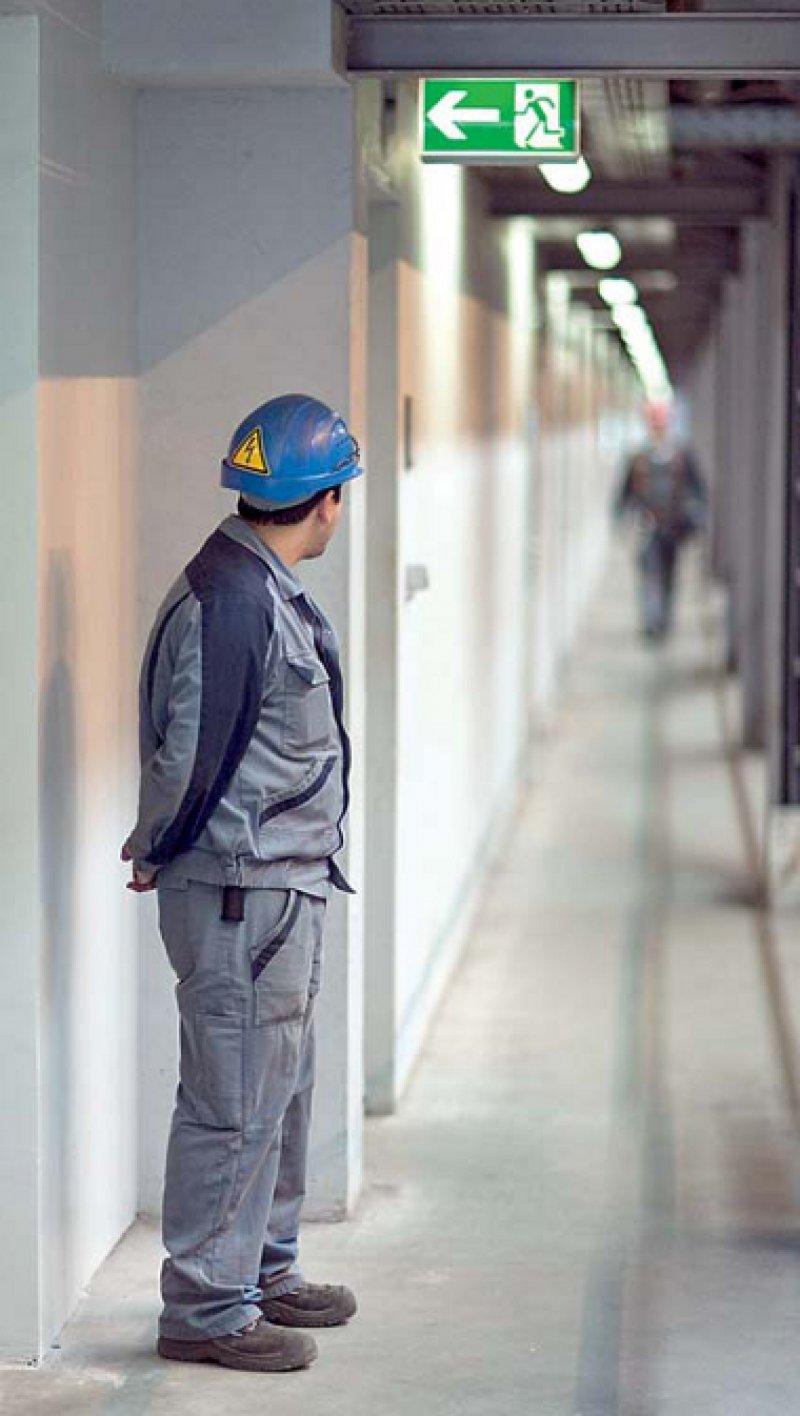 Schnelle Hilfe ist gefragt, wenn Mitarbeiter in Unternehmen erste Anzeichen psychischer Erkrankungen zeigen. Foto: Photothek