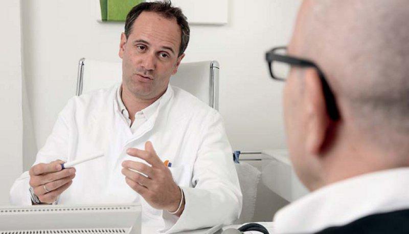 Die Verständigung zwischen Arzt und Patient ist im Klinikalltag enorm wichtig. Foto: mauritius images