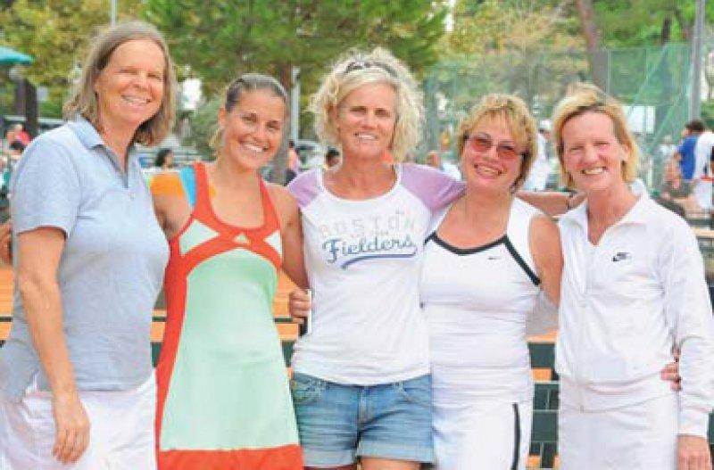 Sabine Missbach, Ina Range, Ann-Christin Selbach, Brigitte Fleischer-Peter und Ulrike Hachmöller-Eisenbach (von links), Foto: privat