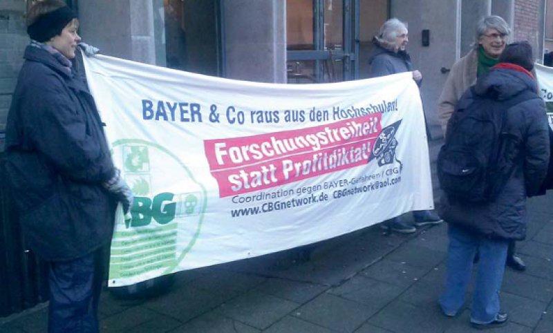 Negative Auswirkungen auf klinische Forschung und wissenschaftliche Standards befürchten die Kritiker der unveröffentlichten Kooperationsvereinbarung zwischen der Universität zu Köln und der Bayer AG.Foto: Thomas Gerst