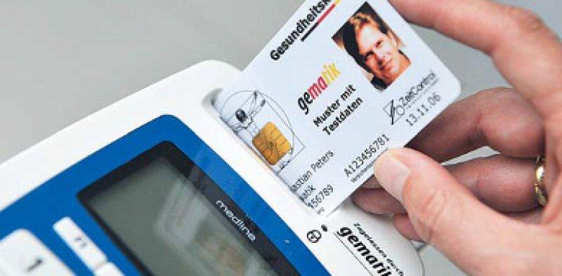 Die elektronische Gesundheitskarte soll künftig noch höhere Anforderungen an den Datenschutz erfüllen. Foto: dapd
