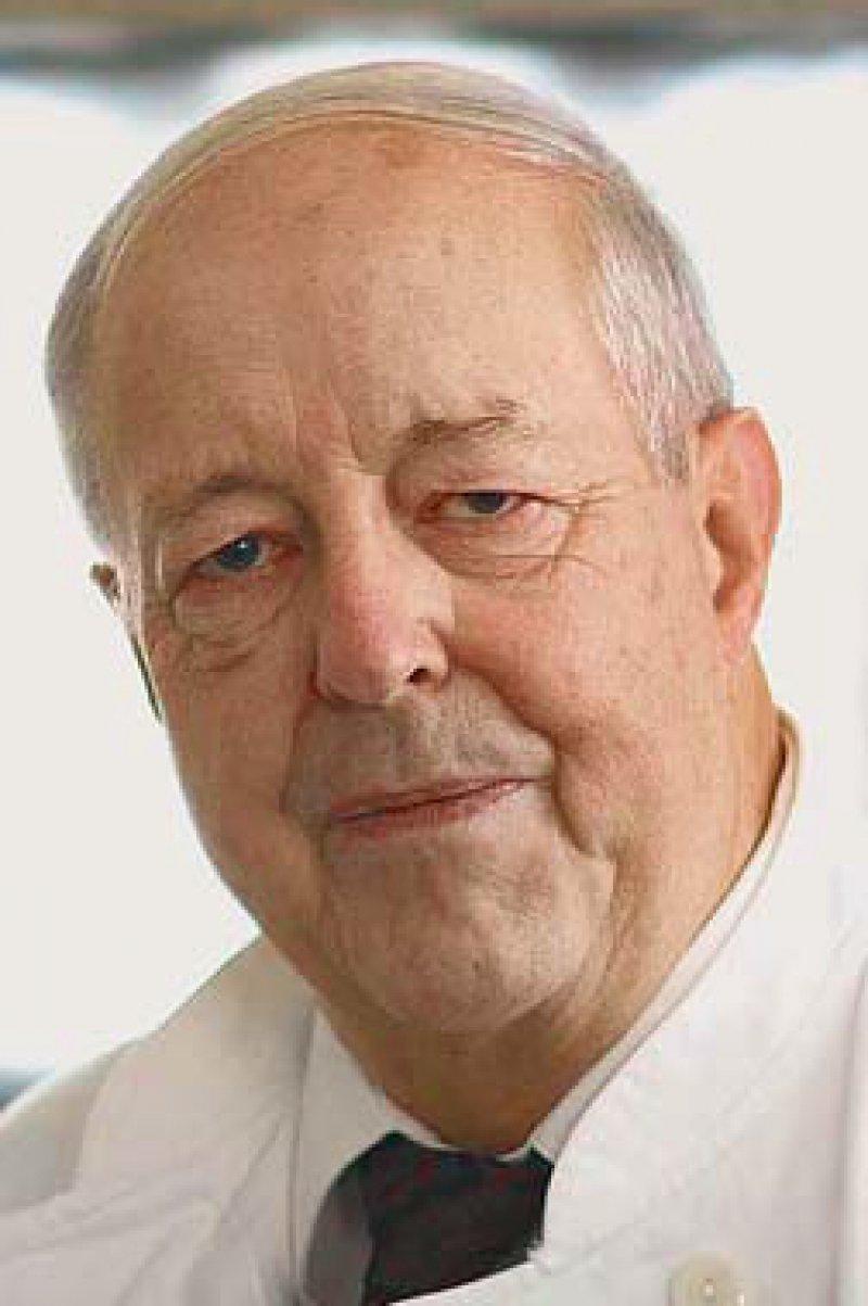 Prof. Dr. med. Hans-Joachim Woitowitz engagierte sich für die Prävention von Berufskrankheiten und warnte schon früh vor den Gefahren durch Asbest. Sein Einsatz für Asbestopfer ist in höchstem Maße vorbildlich.