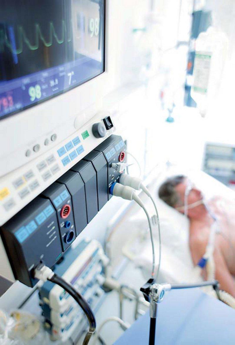Die Grenze zwischen aktiver und passiver Sterbehilfe wird markant, wenn der mutmaßliche Wille herangezogen wird. Foto: picture alliance