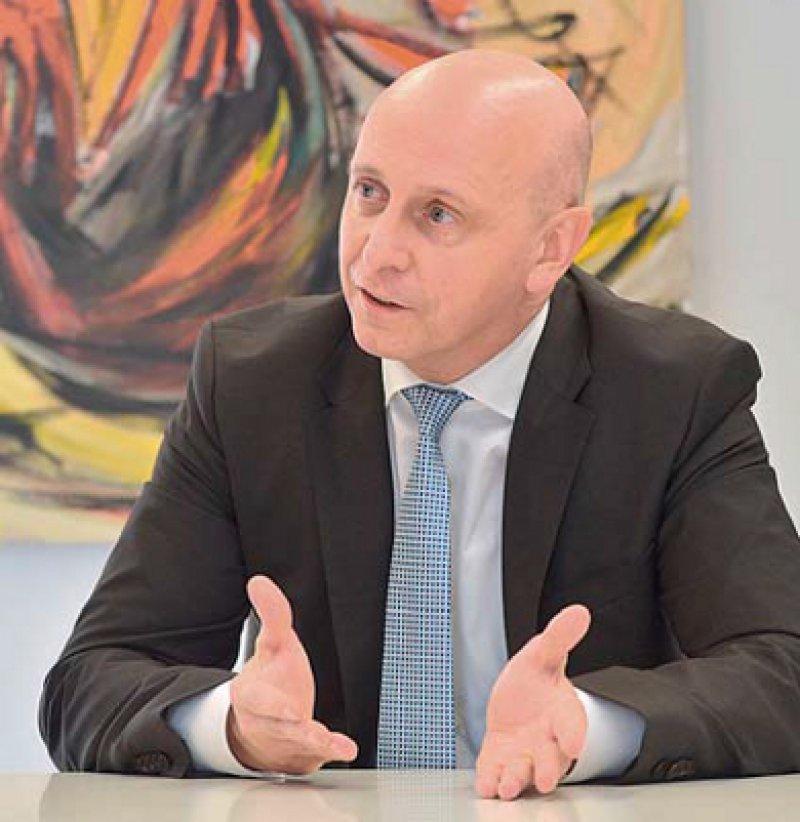Armin Ehl (52) ist seit 2004 Hauptgeschäftsführer des Marburger Bundes. Ende 2012 hatte die Ärztegewerkschaft 114 179 Mitglieder – ein Höchststand. Foto: Georg J. Lopata