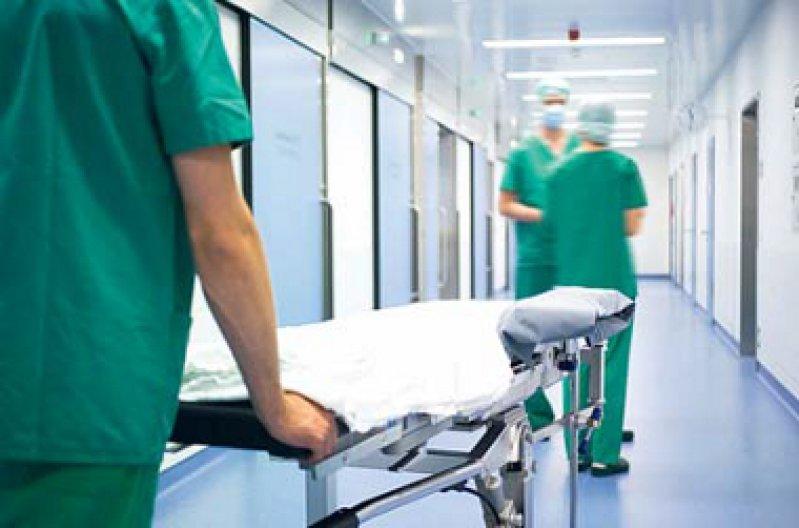 Wie gut ist die Behandlung? Der Report soll die Ergebnisqualität der Krankenhäuser vergleichbar machen. Foto: mauritius images