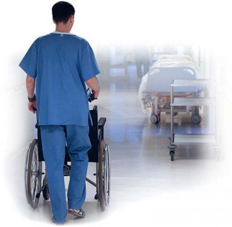 Bis zu 2 000 Pflegekräfte sollen die Krankenhäuser einstellen, wenn das Pflegeprogramm neu aufgelegt ist. Foto: dpa