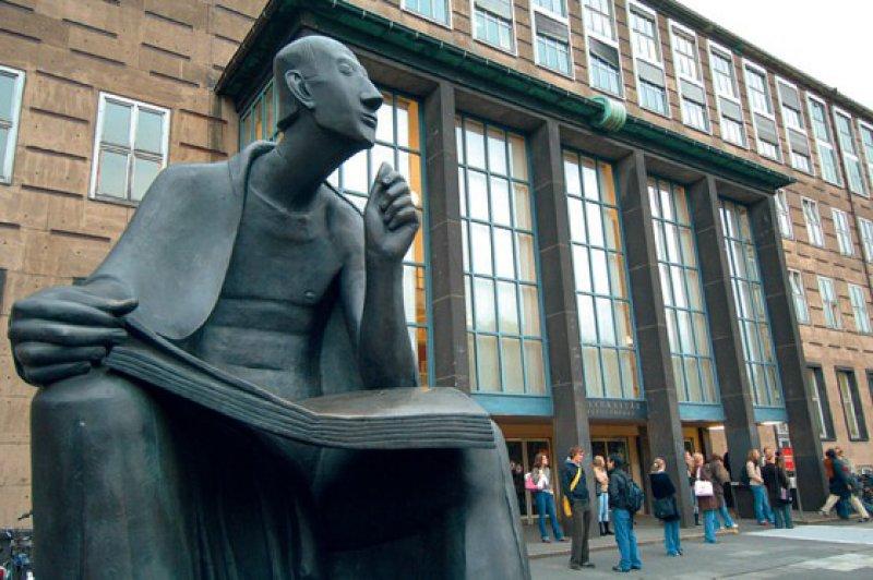 Die Uni Köln musste Missstände im Umgang mit Toten einräumen. Foto: dpa