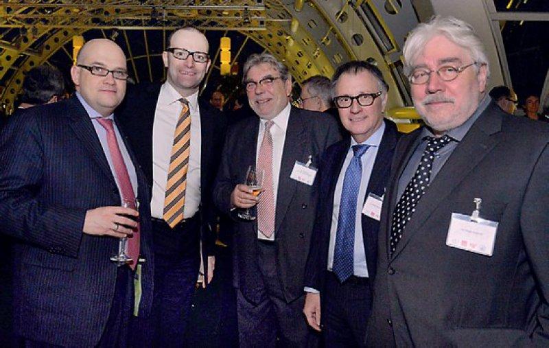 Fünf der 670 Gäste im Kaufhaus des Westens: Lars Lindemann, Jens Spahn, Christoph von Ascheraden, Rolf Koschorrek und Peter Potthoff (von links)