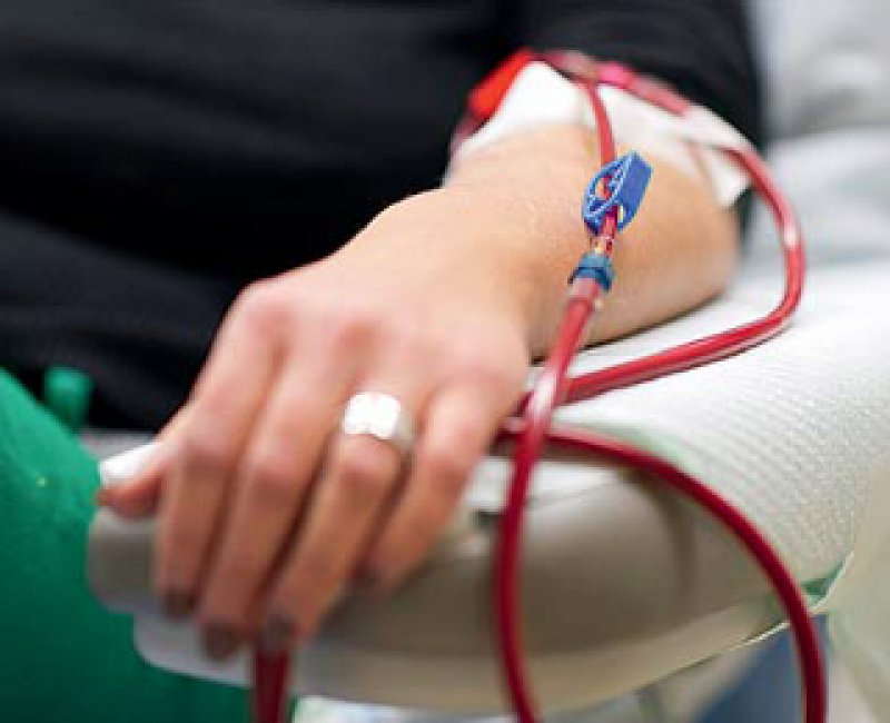 Bei der Behandlung von Dialysepatienten sollen künftig weniger Sachkosten erstattet werden. Foto: picture alliance