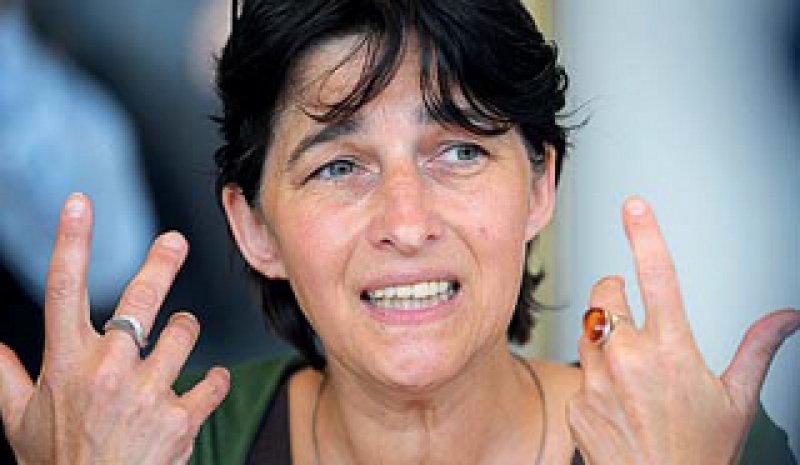 Ministerin Barbara Steffens plädiert für ein bundesweit einheitliches Vorgehen der katholischen KlinikenFoto: dpa