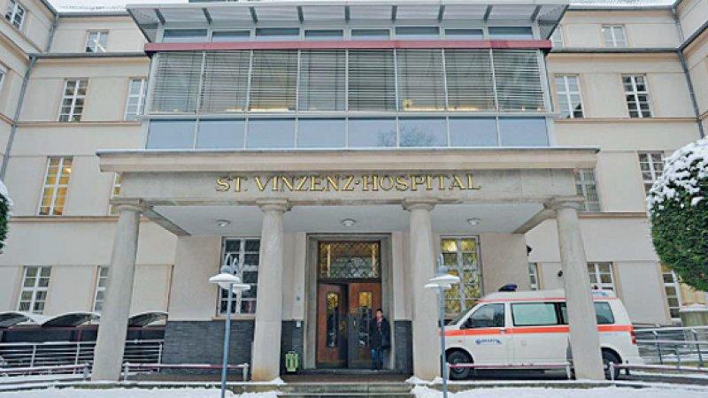 Das St.-Vinzenz-Hospital in Köln-Nippes ist eines der beiden Häuser, die eine möglicherweise vergewaltigte Frau abwiesen. Foto: dpa