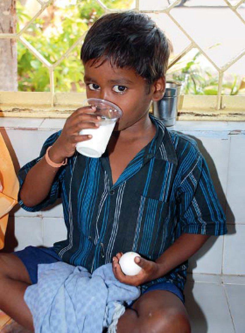 Die Verteilung von Essensspenden an Tuberkulosekranke und die Transportkoordination sind Aufgaben, die vornehmlich NGOs übernehmen.