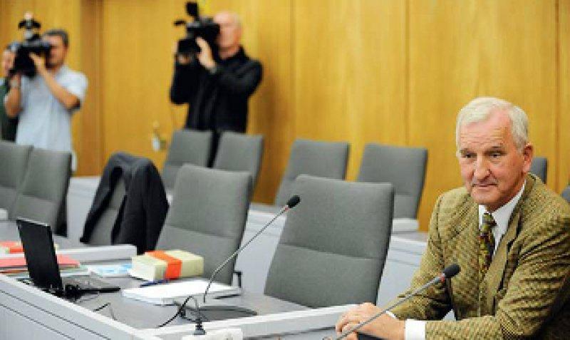 Der Leberchirurg Christoph Broelsch war vom Landgericht Essen zu drei Jahren Haft verurteilt worden. Foto: dpad