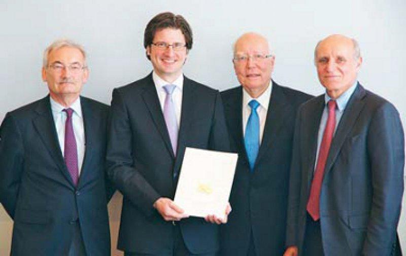 Georg Ertl, Dierk Thomas, Klaus-Georg Hengstberger und Hugo A. Katus (von links). Foto: DGK/Thomas Hauss