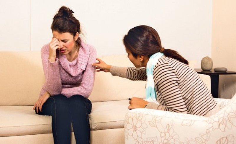 Nur durch die eigene Rührung erkennt der Therapeut oft, wie viel nie wirklich ausgedrücktes Leid sich vorsichtig Bahn brechen will. Foto: iStockphoto