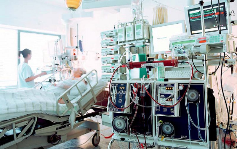Extreme Kosten: Als Letztversorger von schwierigen und komplizierten Fällen haben Universitätsklinika einen signifikant höheren Anteil an den Extremkostenfällen. Foto: laif