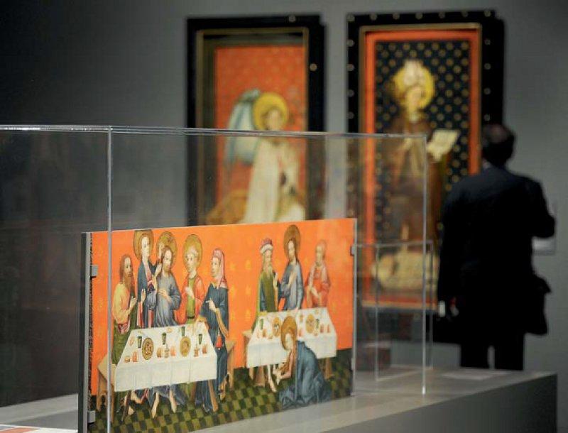 """Die Kölner Künstler des Mittelalters sind weitestgehend unbekannt, die Ausstellung """"Geheimnisse der Maler – Köln im Mittelalter"""" bringt etwas Licht ins Dunkel der Künstlerszene. Foto: dpa"""