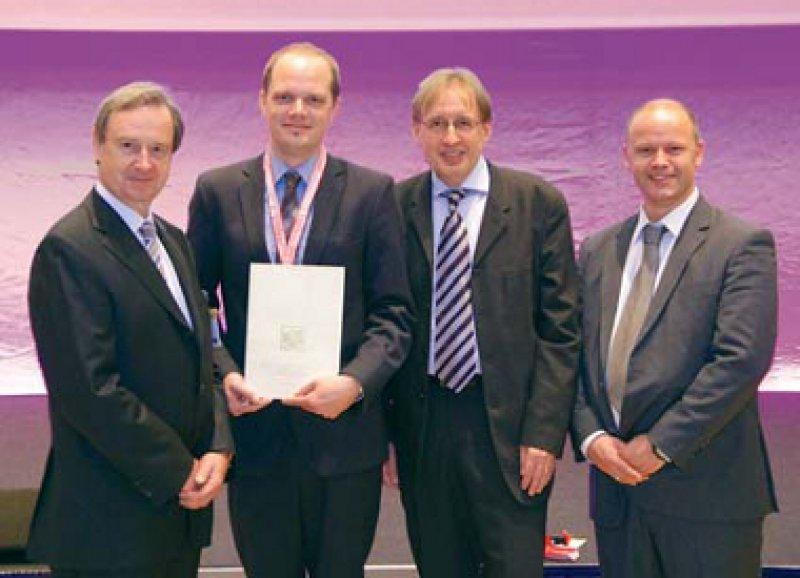 Christian W. Hamm, Dennis Wolf, Uwe Zeymer und Carsten W. Israel (von links). Foto: DGK/Thomas Haus