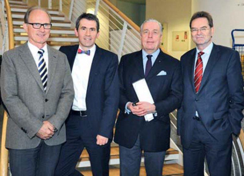Stefan Wirth, Martin Butzlaff, Klaus Reinhardt und Helmut Dockter (von links), Foto: Uni Witten/Herdecke