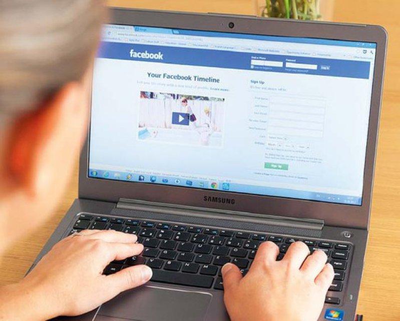 Nutzen Therapeuten soziale Netzwerke wie Facebook, müssen sie online präsent sein. Foto: iStockphoto
