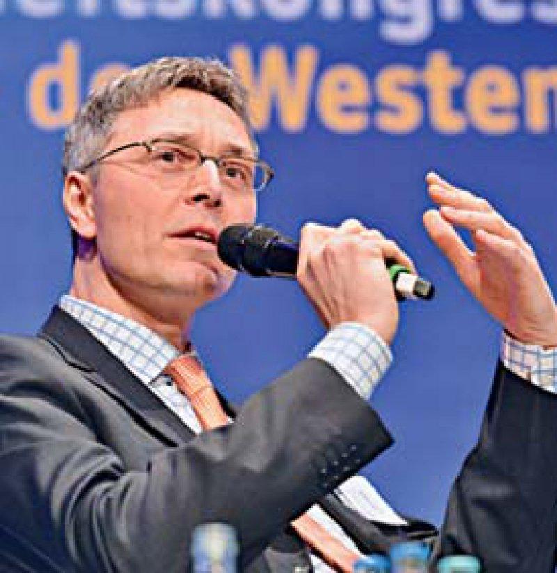 """""""Die Generation Y interessiert die Sinnhaftigkeit ihrer Arbeit."""" Jürgen Graalmann, AOK-Bundesverband"""