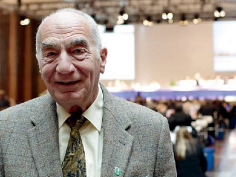 Rüdiger O. Fritz auf dem 117. Ärztetag in Düsseldorf. Er ist Delegierter der Ärztekammer Westfalen-Lippe. Foto: Lajos Jardai