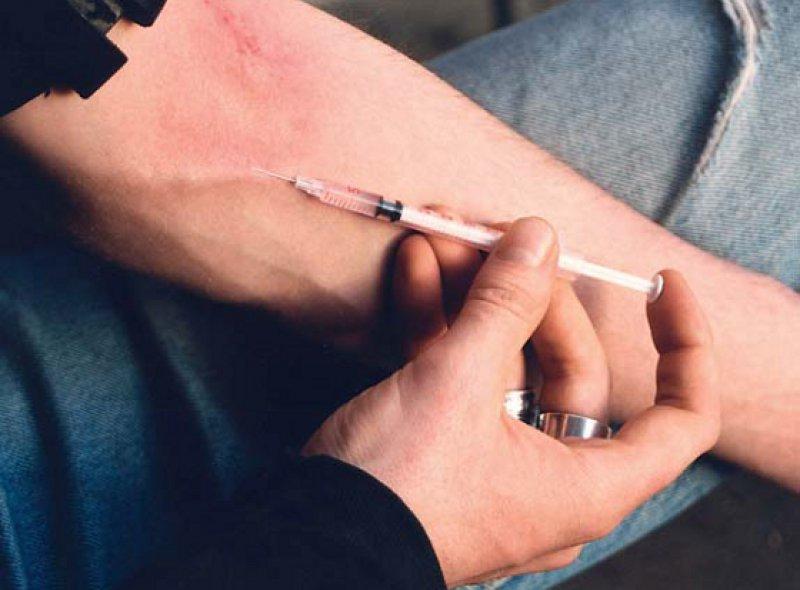 Unter den intravenös Drogenkonsumierenden hat Fentanyl, beispielsweise in Estland, Heroin den Rang abgelaufen. Foto: picture alliance
