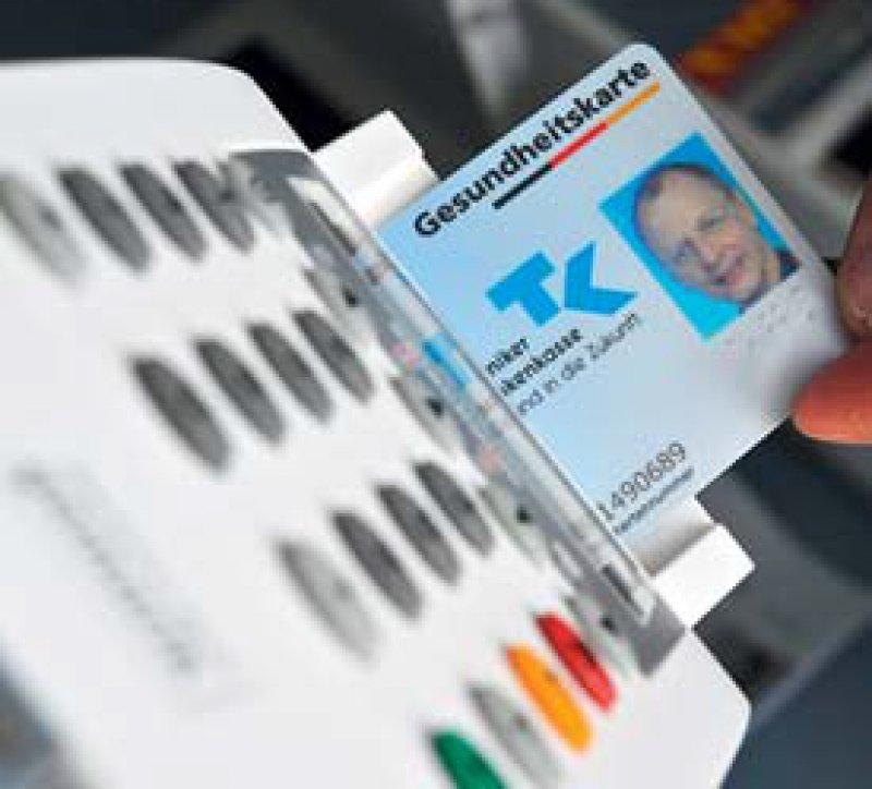 Die Gesundheitskarte mit Foto verstößt nicht gegen datenschutzrechtliche Bestimmungen. Foto: dpa