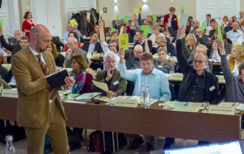 Die Delegierten stimmten mit 86 zu 38 Stimmen für ein Hochschulstudium der Psychotherapie mit anschließender Approbation. Foto: Bundespsychotherapeutenkammer
