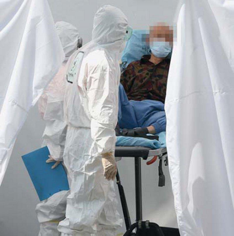 Kampf gegen MERS: Der gegenwärtige Ausbruch der Krankheit ist mit rund 150 Infizierten der größte außerhalb Saudi-Arabiens. Foto: picture alliance