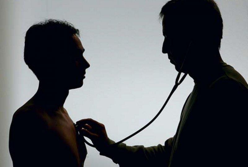 """Fragwürdiges Vorgehen: Die Ärzte wurden aufgefordert, Diagnosen nachträglich zu """"korrigieren"""". Die Kassen erhofften sich dadurch mehr Geld aus dem Gesundheitsfonds. Foto: dpa"""