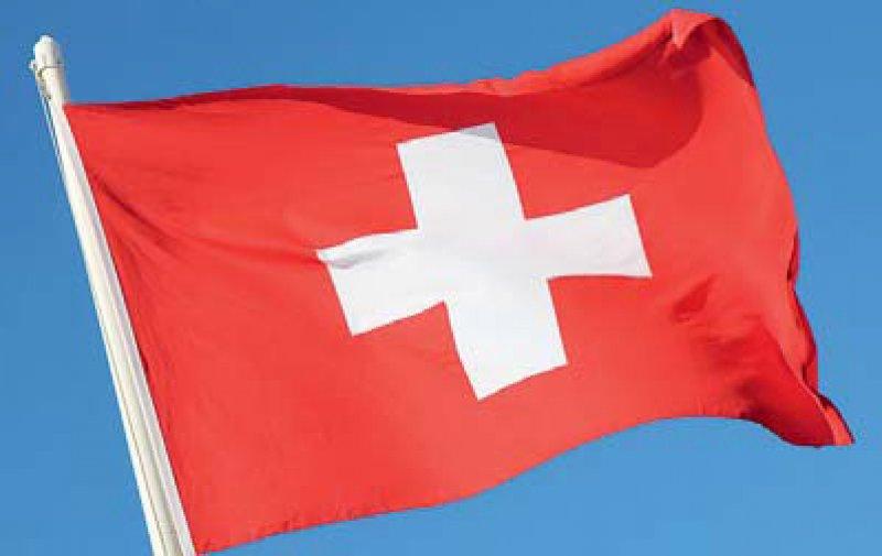 Schweizer Bürger können künftig Ärzten ihre medizinischen Daten über eine elektronische Fallakte zugänglich machen. Foto: Fotolia/Wylezich