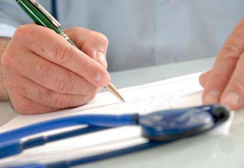 Einweisung ins Krankenhaus: Für Ärzte könnte sich der Prüfaufwand drastisch erhöhen, befürchtet die KBV. Foto: Your Photo Today