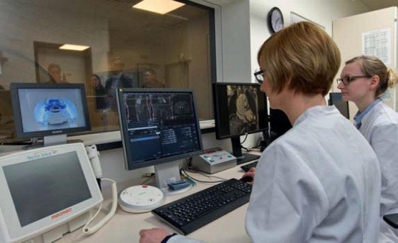 Echtzeit-MRT-Verfahren in der Herzforschung am Universitätsklinikum Göttingen. Foto: Vetter