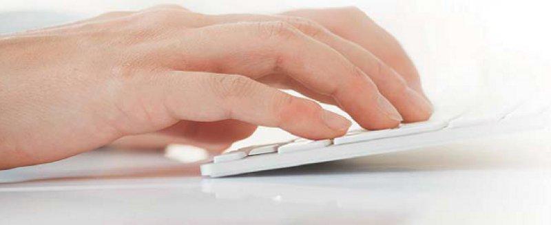 www.junges-krebsportal.de bietet Informationen im Bereich des Sozialrechts. Foto: picture alliance