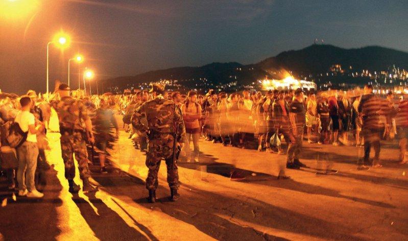 Flüchtlinge aus Syrien, Afghanistan, Pakistan, dem Iran, Irak, Somalia und anderen Ländern kommen auf der griechischen Insel Lesbos an. Fotos: Annika Welte