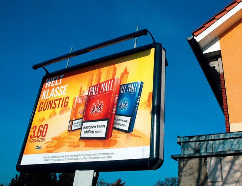 Reguliert: Tabakwerbung soll auf Außenflächen ab 2020 stark eingeschränkt werden. Foto: dpa