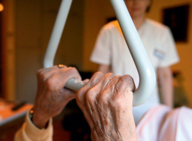 Pflegeangebote will die Bundesinteressenvertretung BIVA mit dem Portal vergleichbar machen. Foto: dpa