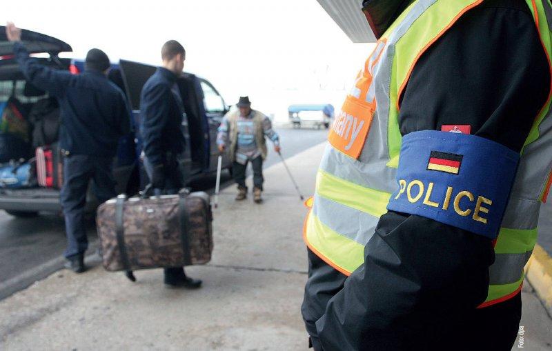 Grundsätzlich reisefähig – von dieser Vermutung sollen die Behörden künftig ausgehen, wenn abgelehnte Asylbewerber abgeschoben werden. Foto: dpa