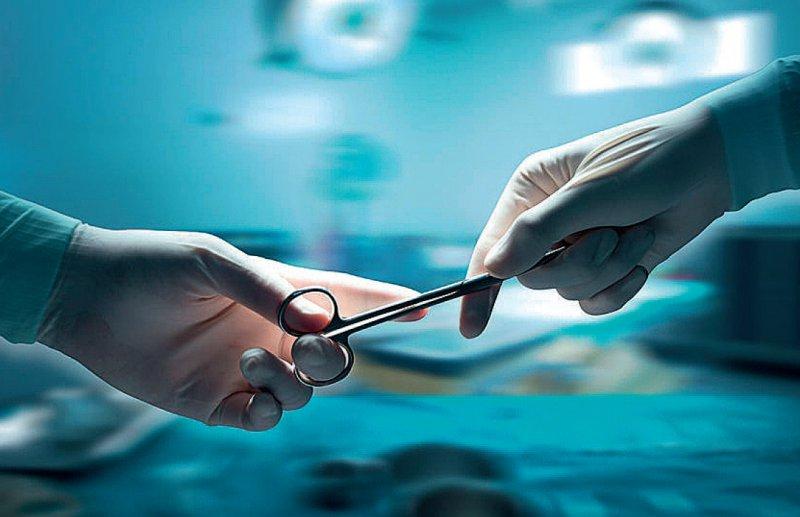 Fast jeder operierte Patient war 60 Jahre oder älter. Foto: 123RF