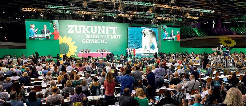 Die Delegierten des Grünen-Bundesparteitages tagten im Velodrom in Berlin. Foto: picture alliance