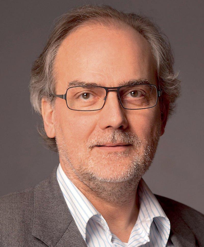 """Tom Levold ist Systemischer Therapeut, Supervisor und Organisationsberater in Köln. Er hat unter anderem zusammen mit Michael Wirsching das Buch """"Systemische Therapie und Beratung – das große Lehrbuch"""" herausgegeben. Foto: privat"""