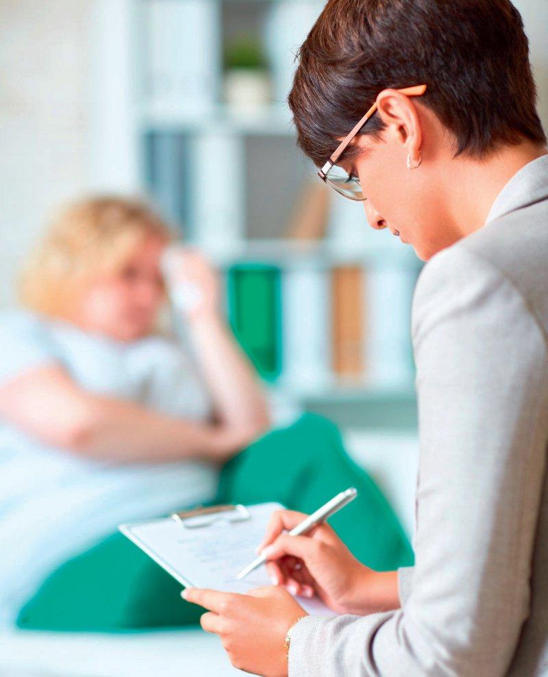 Patienten sollen in dem Facharztvertrag nicht länger als zwei Wochen auf einen Termin warten müssen. Foto: 123RF/pressmaster
